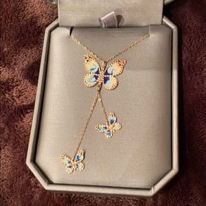 14K Gold Italy butterflies necklace